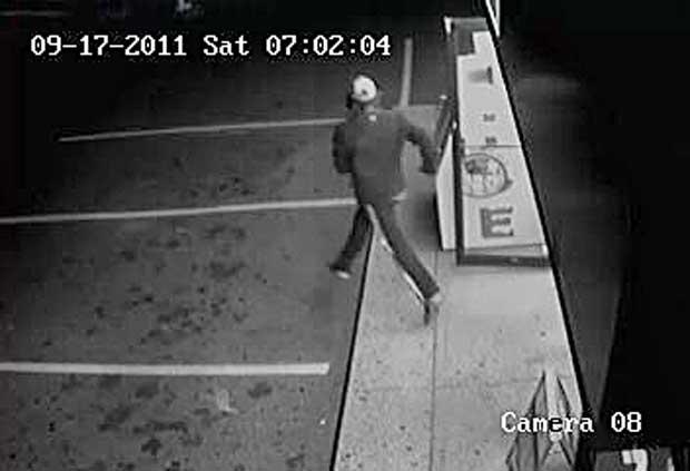 Macs Balsam Suspect running away